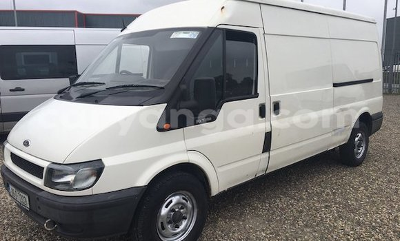 Buy Used Ford E-Series Van White Car in Lilongwe in Malawi