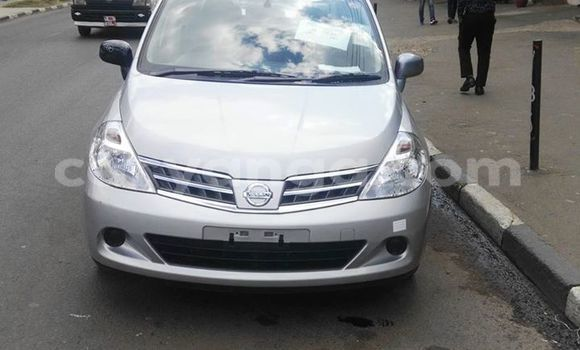 Buy Used Nissan Tilda Silver Car in Limete in Malawi
