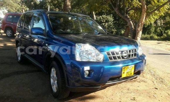 Buy Used Nissan X-Trail Blue Car in Limete in Malawi