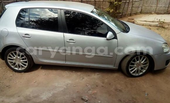 Buy Used Volkswagen Golf Silver Car in Limete in Malawi