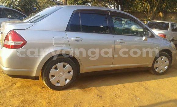 Buy Used Nissan Tilda Silver Car in Limete in Malawi