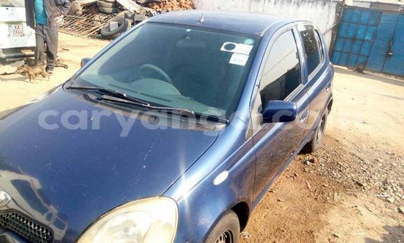 Buy Used Toyota Vitz Blue Car in Limete in Malawi