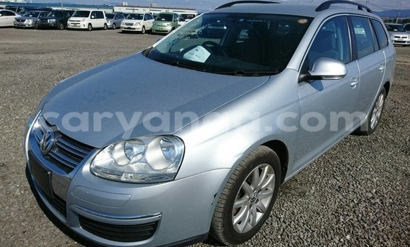 Buy Used Volkswagen Golf Silver Car in Lilongwe in Malawi