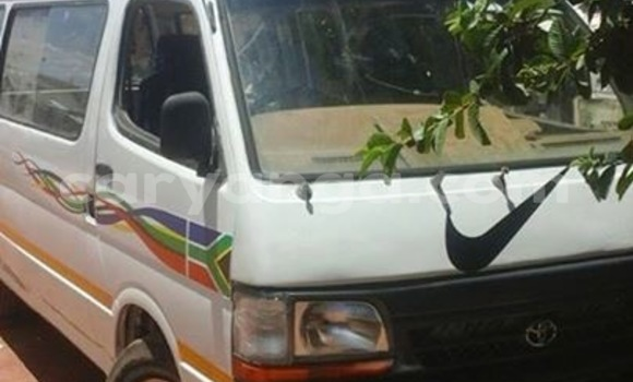 Buy Used Toyota Hiace White Car in Blantyre in Malawi