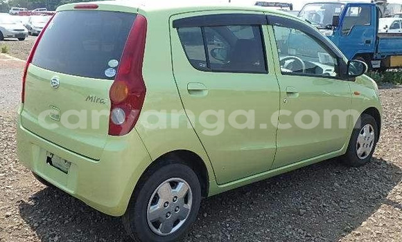 Buy Used Daihatsu Applause Green Car in Lilongwe in Malawi