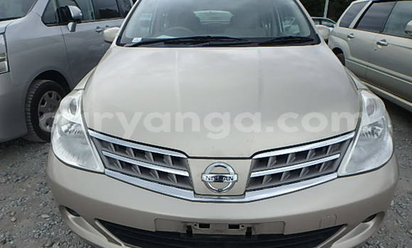 Buy Used Nissan Tilda Beige Car in Limete in Malawi