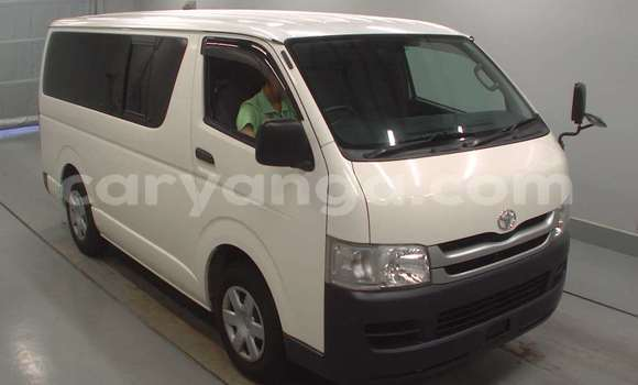 Buy New Toyota Hiace White Car in Lilongwe in Malawi