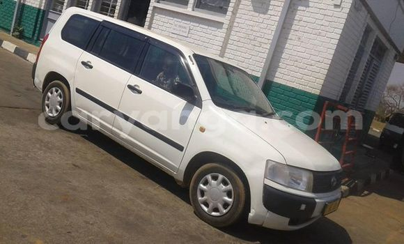 Buy Used Toyota Probox White Car in Limete in Malawi