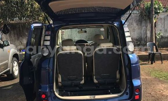 Buy Used Toyota Sienna Blue Car in Limete in Malawi