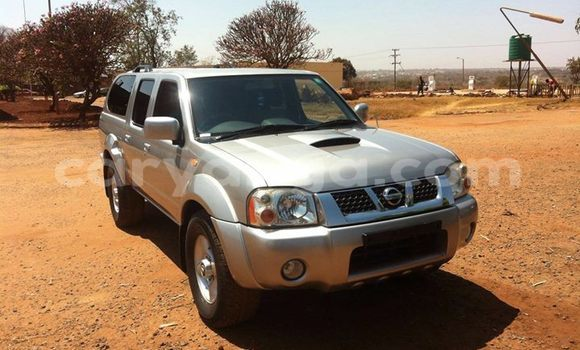 Buy Used Nissan Navara Silver Car in Limete in Malawi