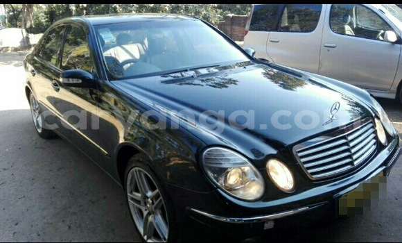 Buy Used Mercedes‒Benz E–Class Black Car in Blantyre in Malawi