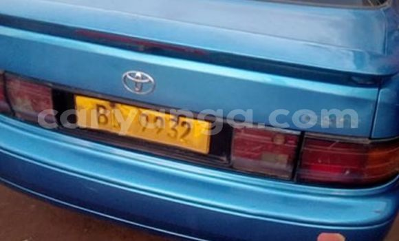 Buy Used Toyota Camry Blue Car in Limete in Malawi