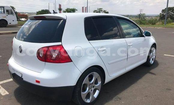 Buy Used Volkswagen Golf White Car in Limete in Malawi
