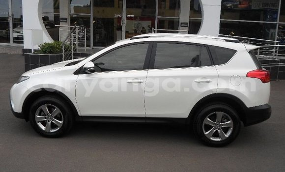 Buy Used Toyota RAV4 White Car in Limete in Malawi