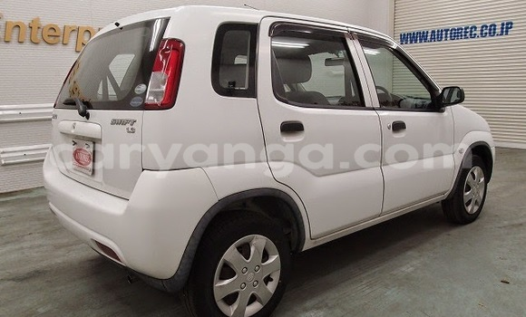 Buy Used Suzuki Ignis White Car in Limete in Malawi