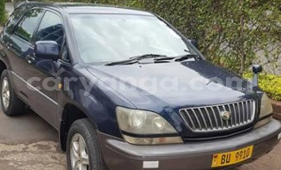Buy Used Toyota Harrier Blue Car in Limete in Malawi