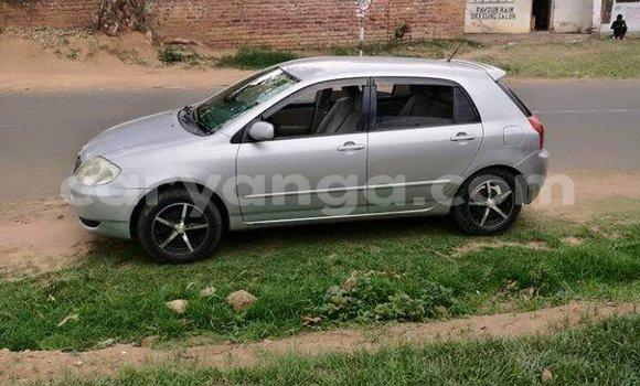 Buy Used Toyota Runx Silver Car in Limete in Malawi