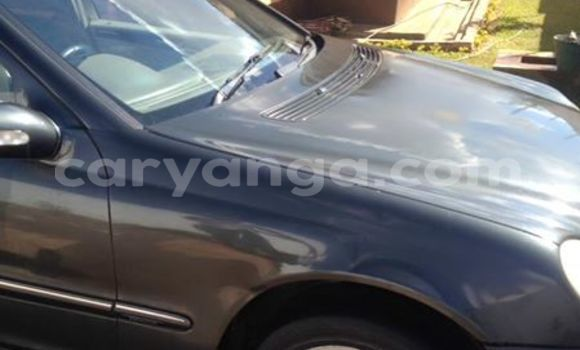 Buy New Mercedes‒Benz 190 Silver Car in Lilongwe in Malawi