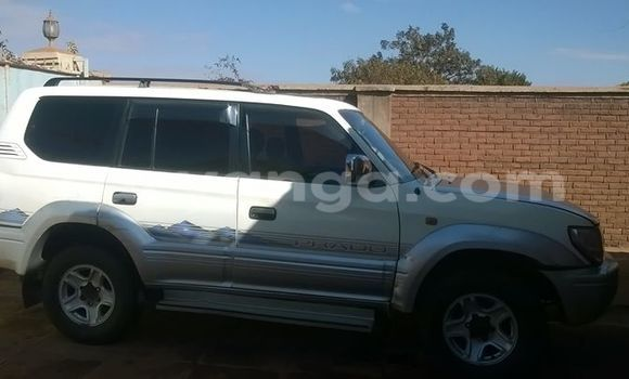 Buy Used Toyota 4Runner White Car in Blantyre in Malawi