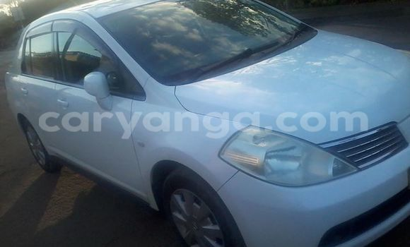 Buy Used Nissan 350Z White Car in Blantyre in Malawi