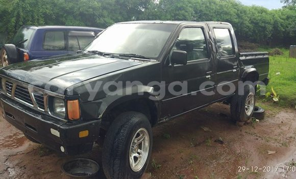 Buy Used Nissan Pickup Black Car in Lilongwe in Malawi