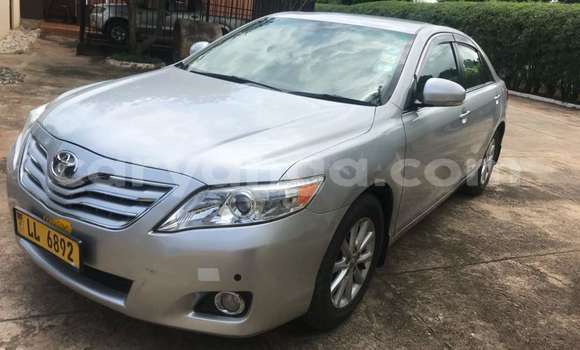 Buy Used Toyota Camry Silver Car in Lilongwe in Malawi
