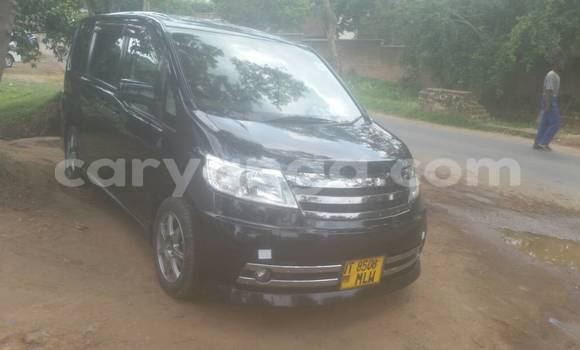 Buy New Nissan Serena Black Car in Blantyre in Malawi