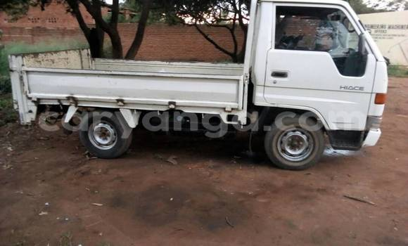 Buy Used Toyota Hiace White Truck in Kasungu in Malawi