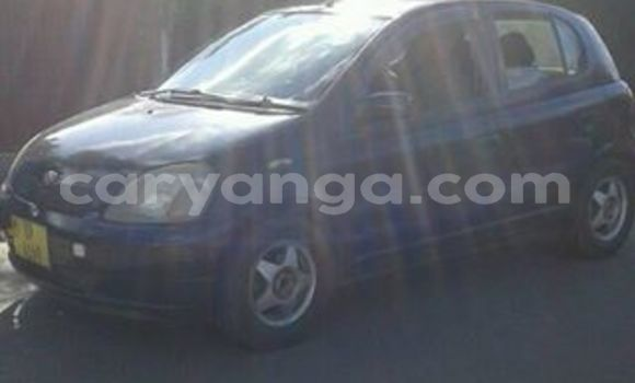 Buy Used Toyota Vitz Blue Car in Blantyre in Malawi