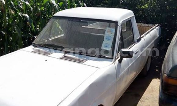 Buy Used Nissan Pickup White Car in Lilongwe in Malawi