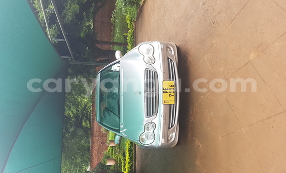 Buy Used Mercedes‒Benz 200 Silver Car in Lilongwe in Malawi