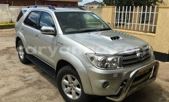 Buy Used Toyota Fortuner Silver Car in Lilongwe in Malawi