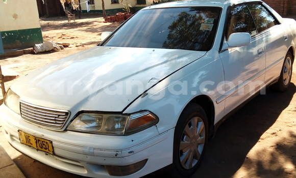 Buy Used Toyota Mark X White Car in Blantyre in Malawi