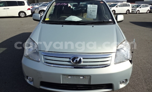 Buy Used Toyota Raum Green Car in Nkhotakota in Malawi