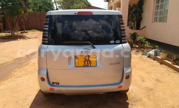 Buy Used Toyota Sienta Silver Car in Kasungu in Malawi