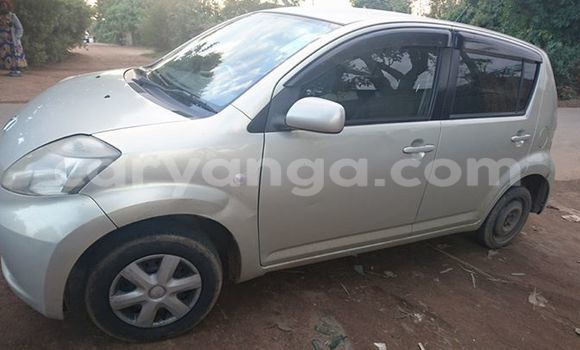 Buy Used Toyota Passo Silver Car in Blantyre in Malawi