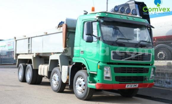 Buy Used Volvo F4 Green Truck in Blantyre in Malawi