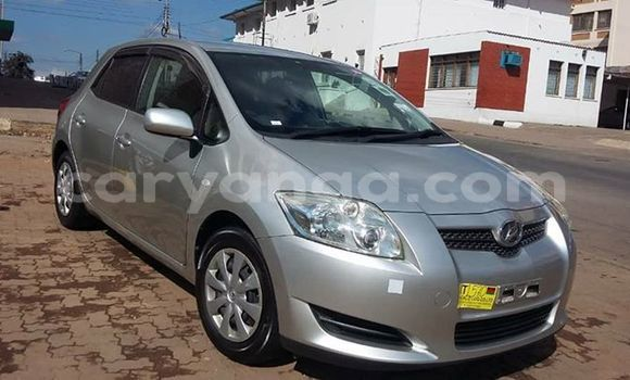 Buy Used Toyota Auris Silver Car in Blantyre in Malawi