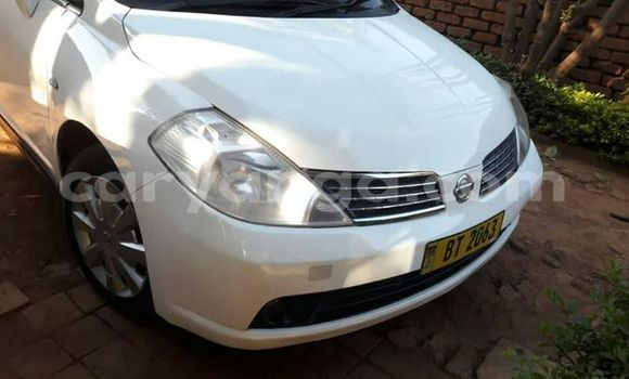 Buy Used Nissan Tilda White Car in Lilongwe in Malawi
