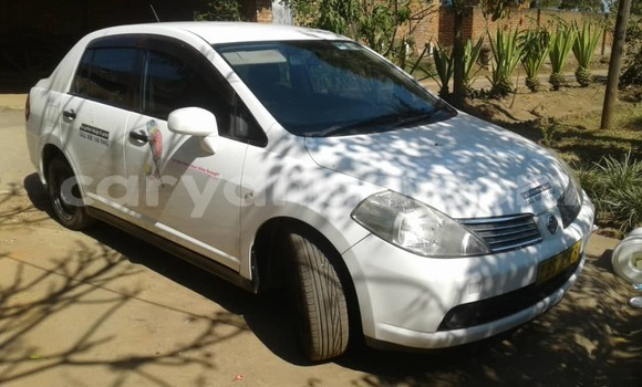 Buy Used Nissan Tilda White Car in Blantyre in Malawi