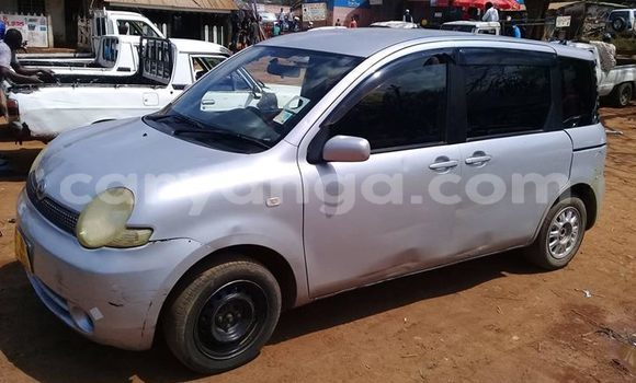 Buy Used Toyota Sienta Silver Car in Zomba in Malawi