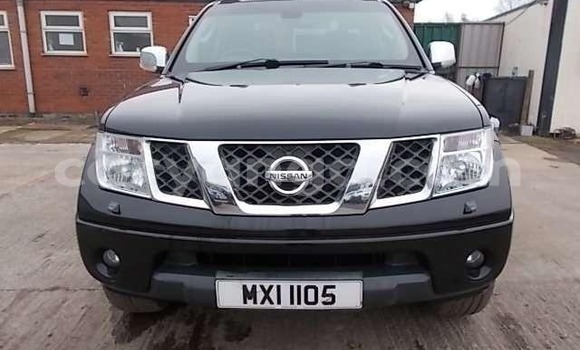 Buy Used Nissan Navara Black Car in Blantyre in Malawi