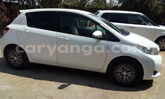 Buy Used Toyota Vitz White Car in Blantyre in Malawi
