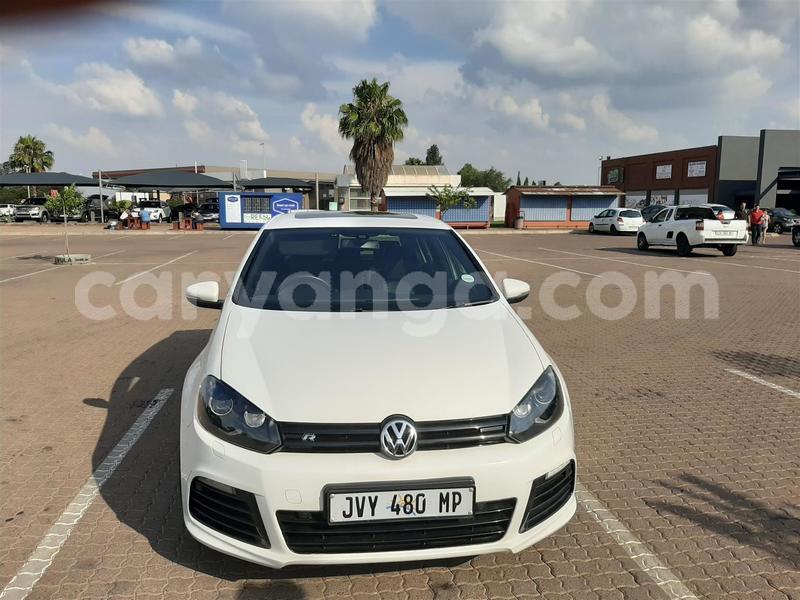Big with watermark volkswagen golf r malawi lilongwe 8395