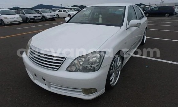 Buy Used Toyota Camry White Car in Blantyre in Malawi