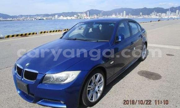 Buy Used BMW 3–Series Blue Car in Lilongwe in Malawi