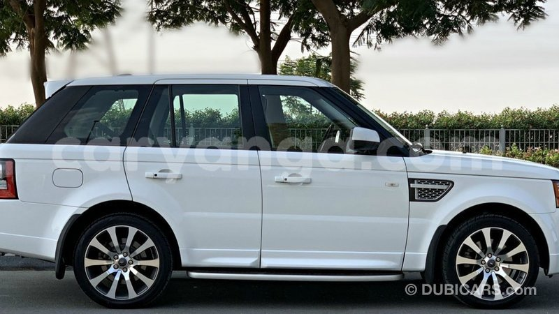 Big with watermark land rover range rover malawi import dubai 8684