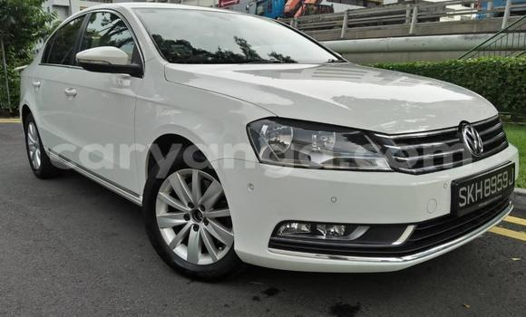 Buy Import Volkswagen Passat White Car in Blantyre in Malawi