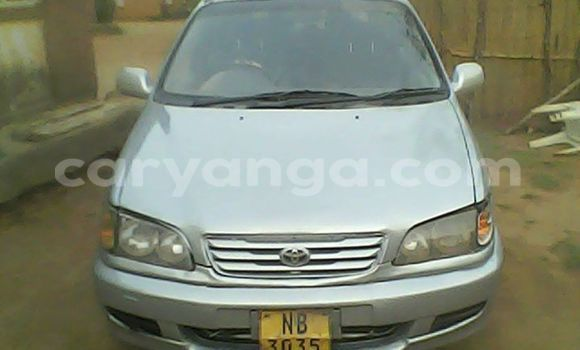 Buy Used Toyota IST Black Car in Limbe in Malawi