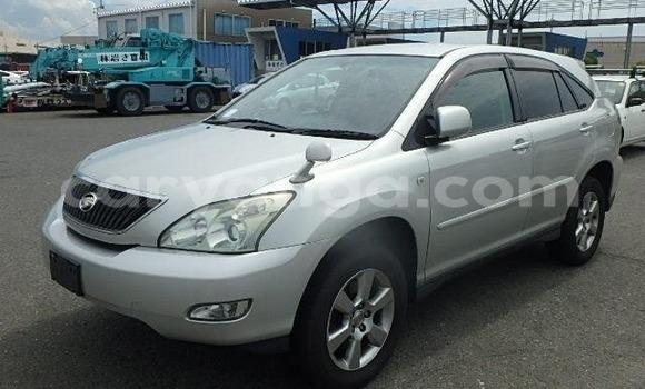 Buy Import Toyota Harrier Silver Car in Blantyre in Malawi
